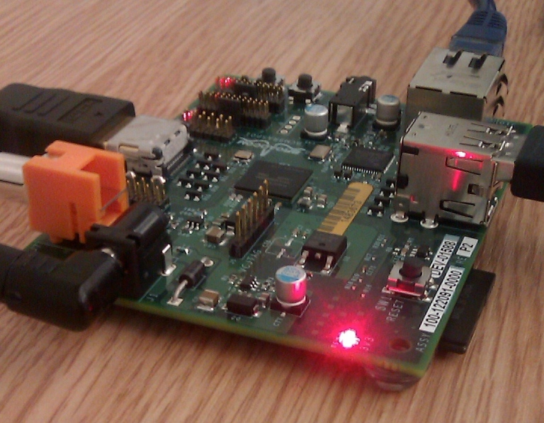 Raspberry_Pi_board_at_TransferSummit_2011_cropped