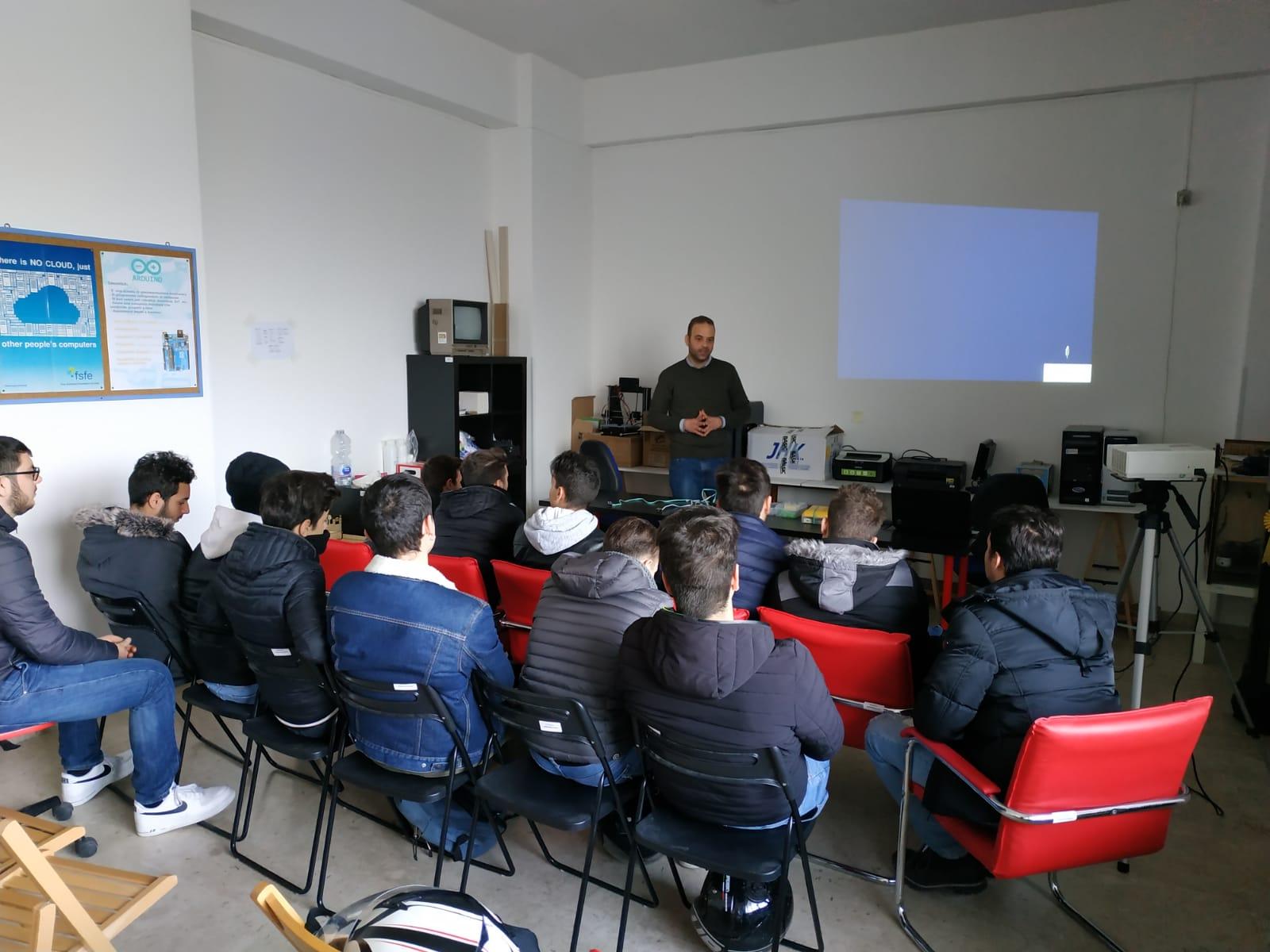 FabLab-Palermo-Arduino-IoT-Domotica-Scuola